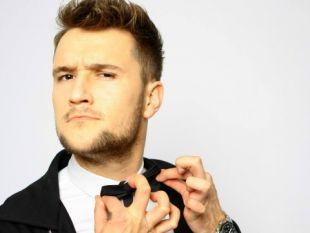 Od Disco Star do Eurowizji! Karol Zawrotniak lider zespołu Defis oficjalnie ogłosił że grupa zgłosiła się do eliminacji na tegoroczny europejski festiwal piosenki.